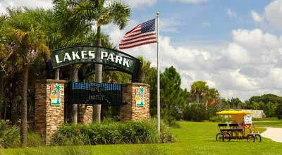 Entrance, Lakes Park in Fort Myers, FL