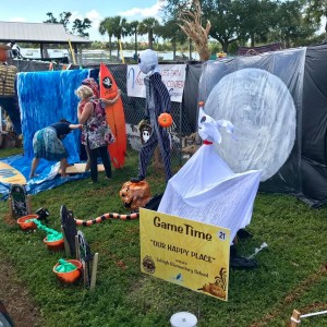 """Scarecrows in the Park Best Halloween Theme: Lehigh Elementary School, """"Our Happy Place"""", sponsored by GameTime"""