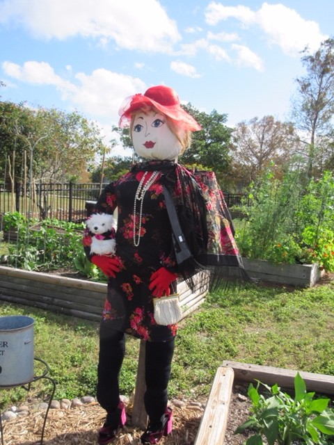 BETSY is a great example of a single scarecrow figure secured to a pole or post. Sample for American Heroes Edition of Scarecrows in the Park
